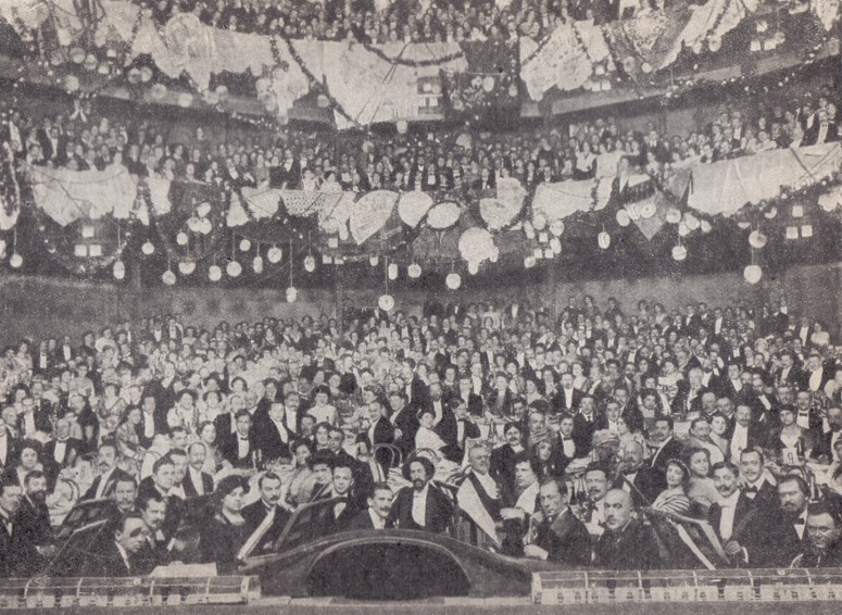 Auditorium in Moscow Art Theater, 1910